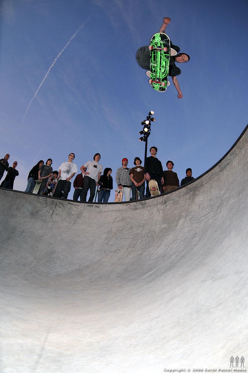 Skater - Ollie 180 @ Battle Ground