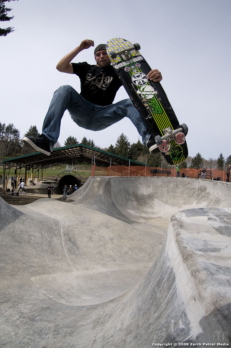 Steev - FS One Footer over Hip @ Lincoln City