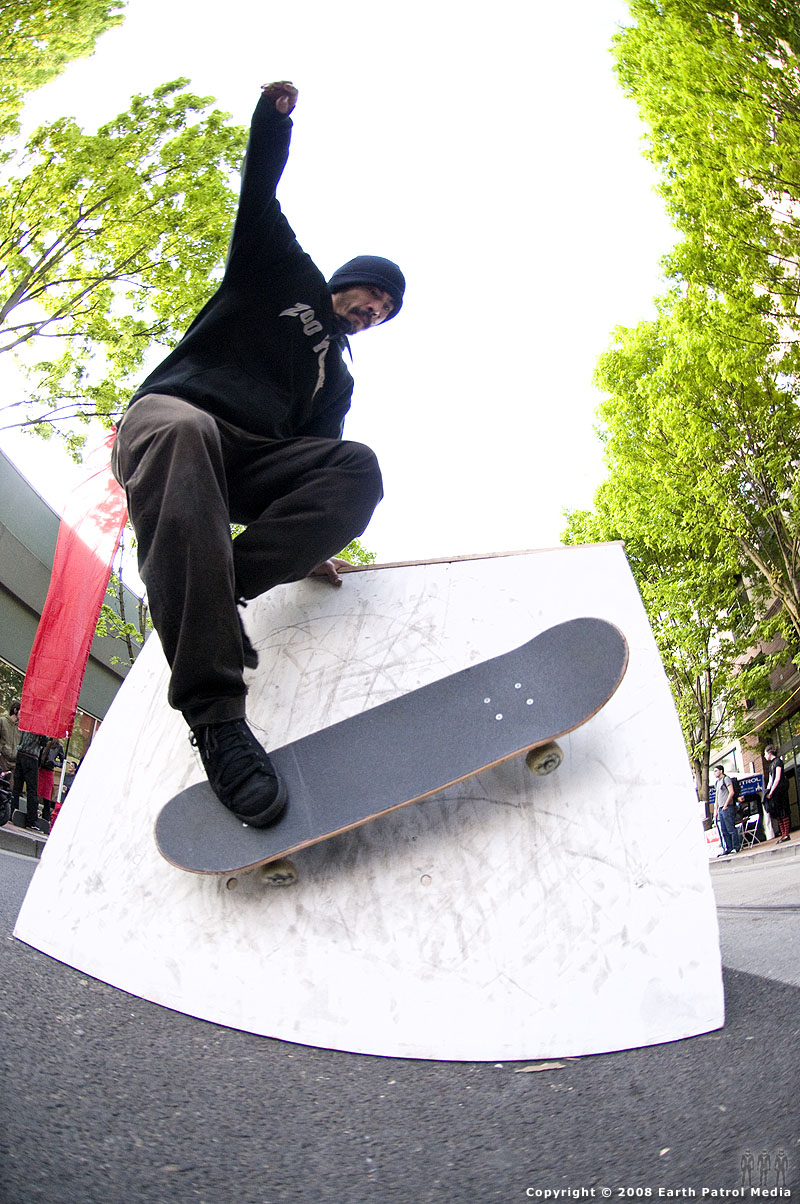Paul - Wall Ride - Cal Skate Street Jam