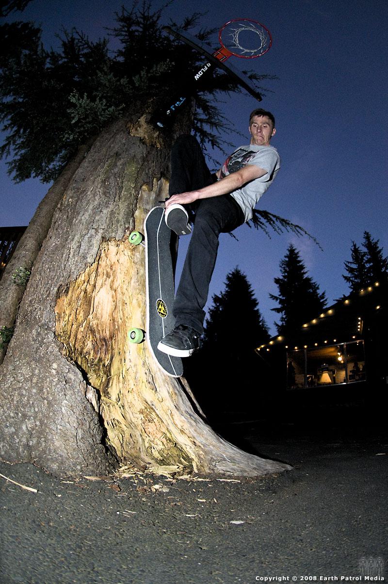 Tim - Tree Fakie @ Windells