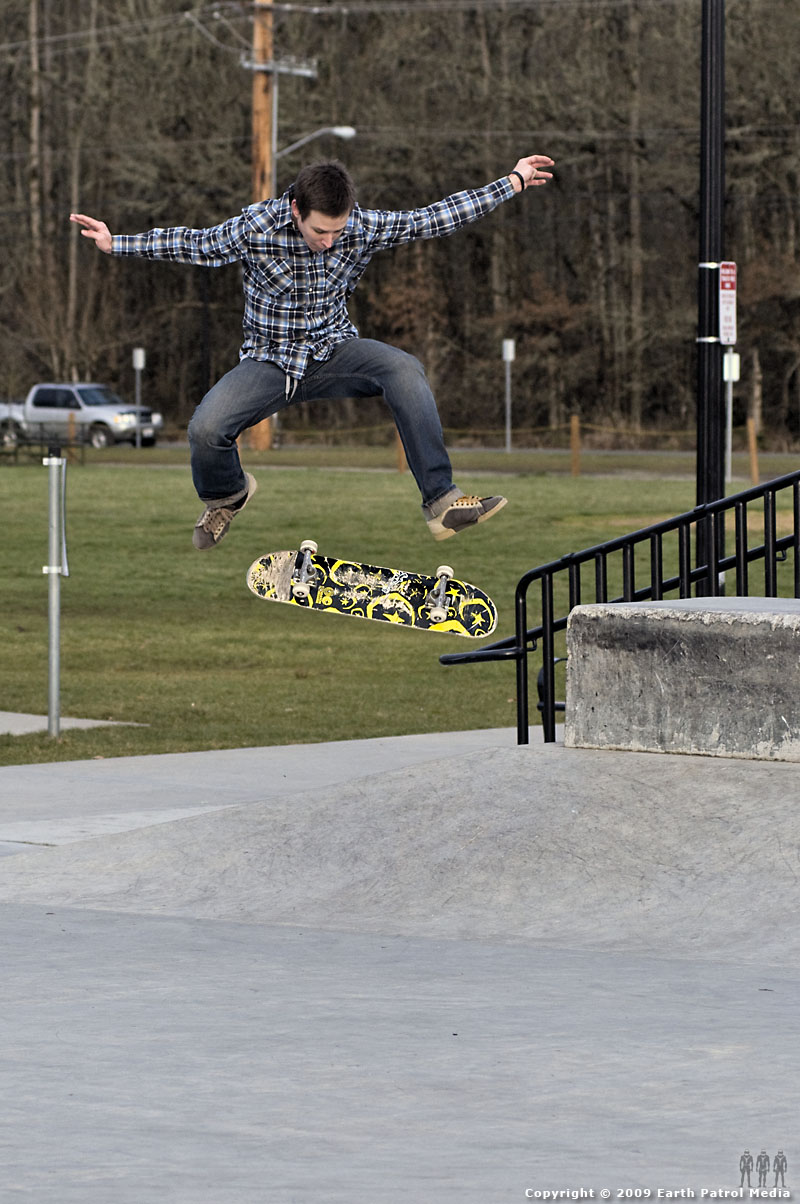 Kyle - Nollie Frontside Hip @ Battle Ground