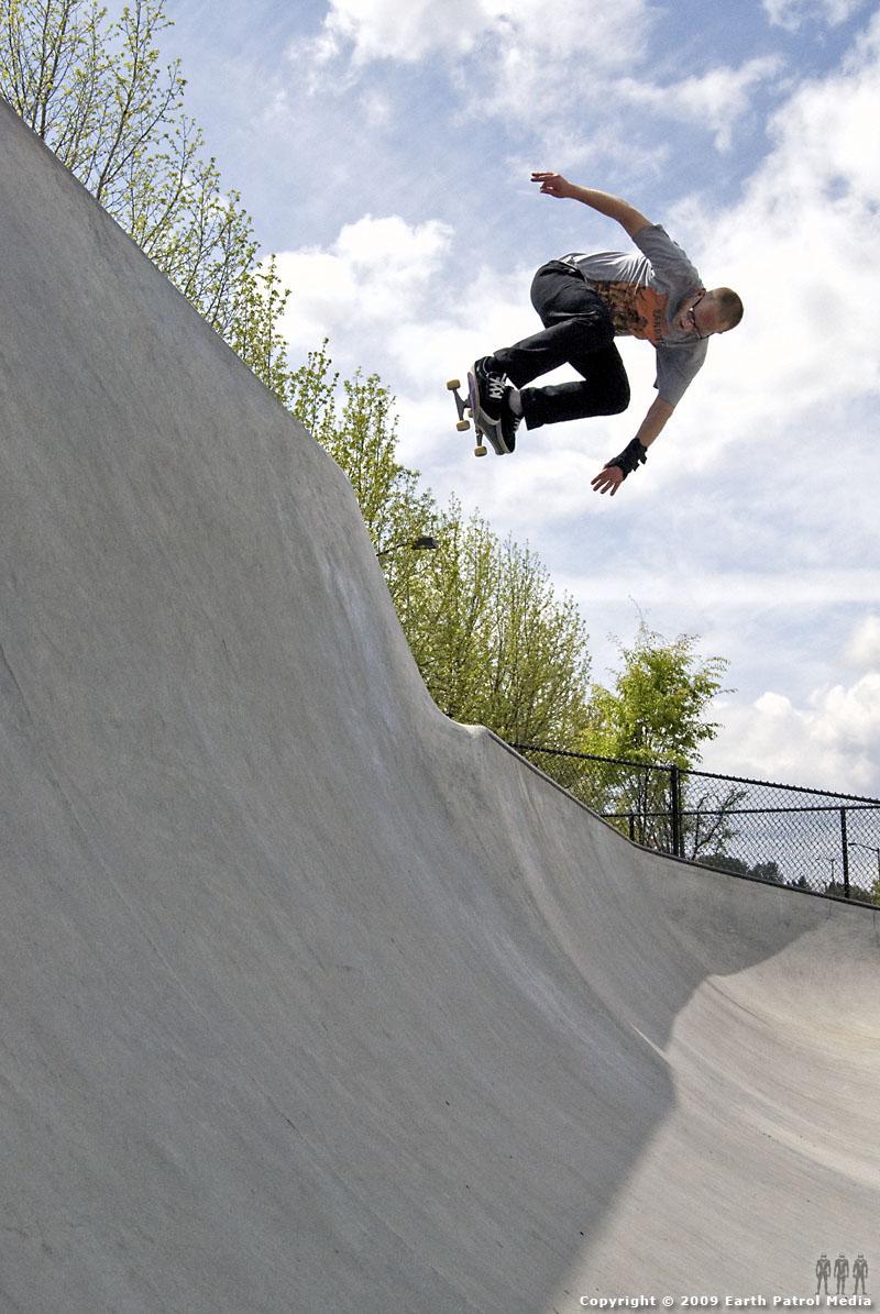 Marek - BS Ollie Hip @ Tigard