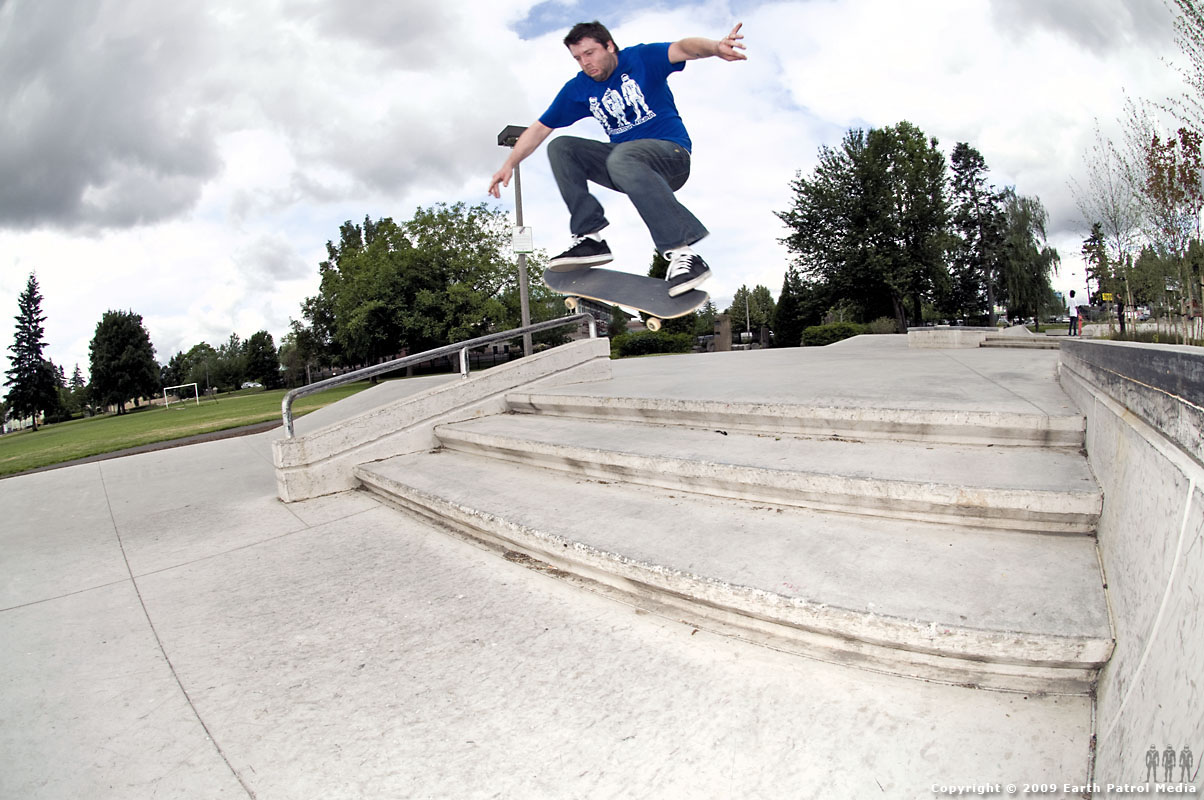 Chip - Ollie 180 Stairs @ Ed Benedict