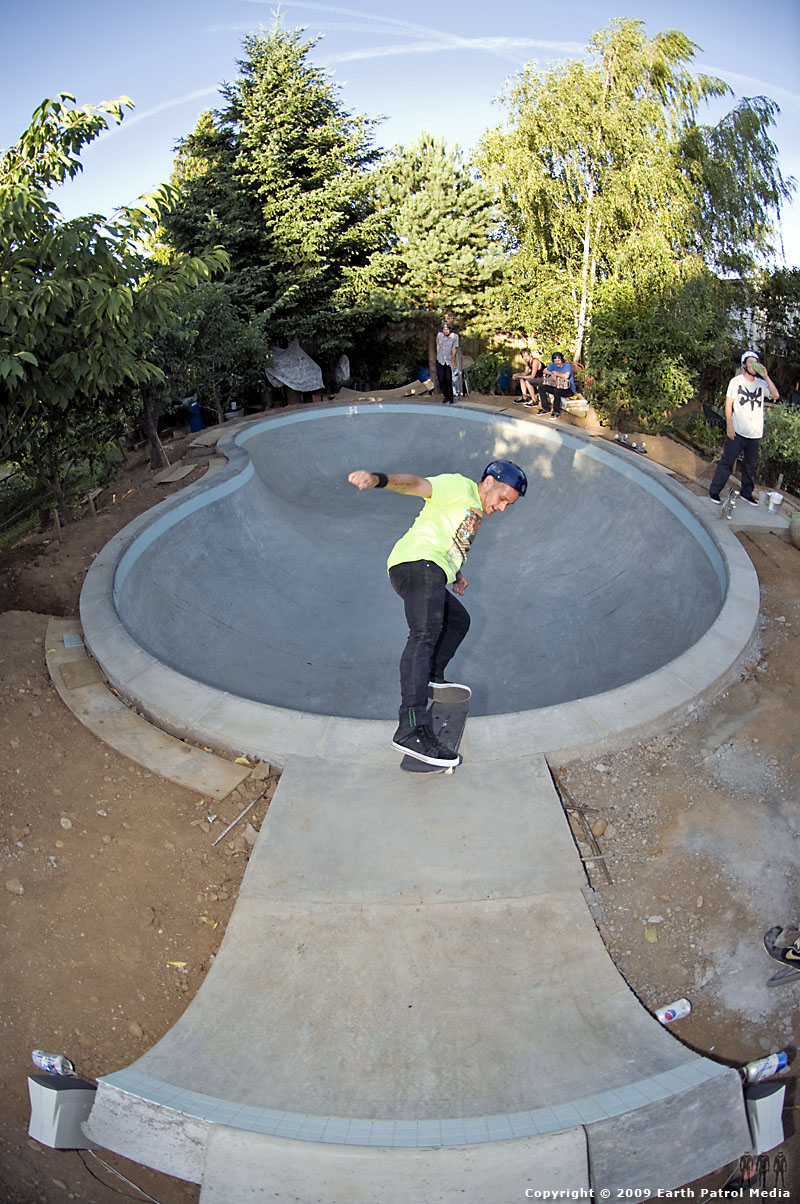 Daniel - Fakie Rock @ MC's Bowl