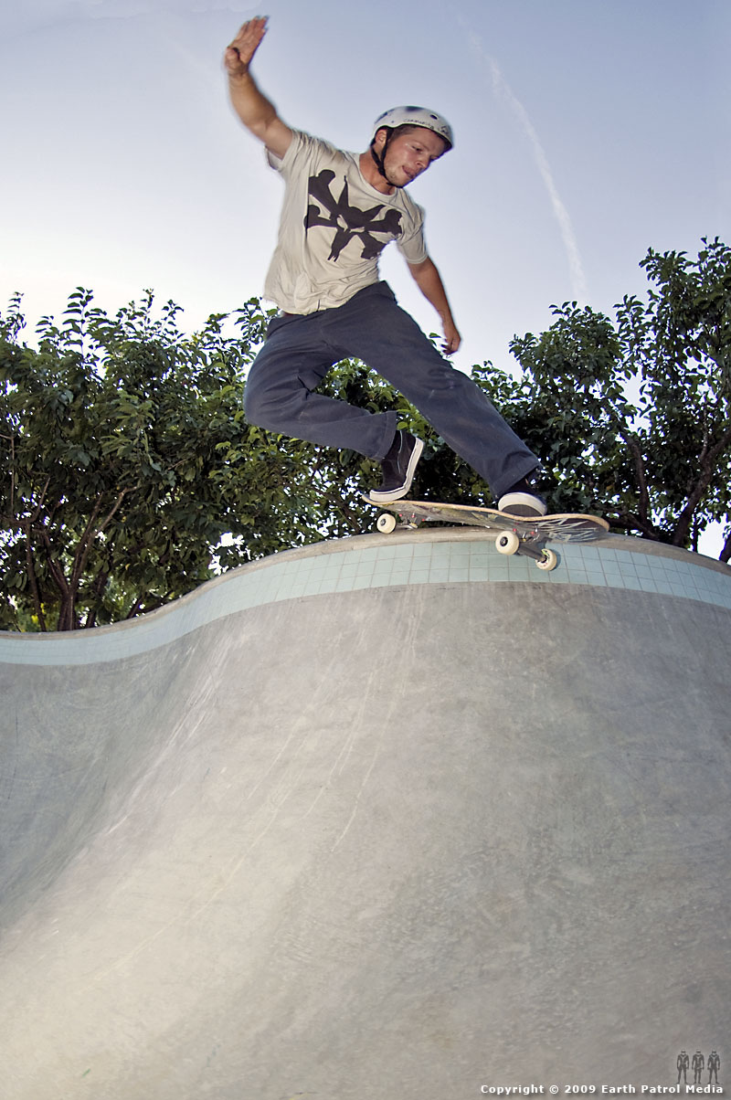 Johnny - BS Smith @ MC's Bowl