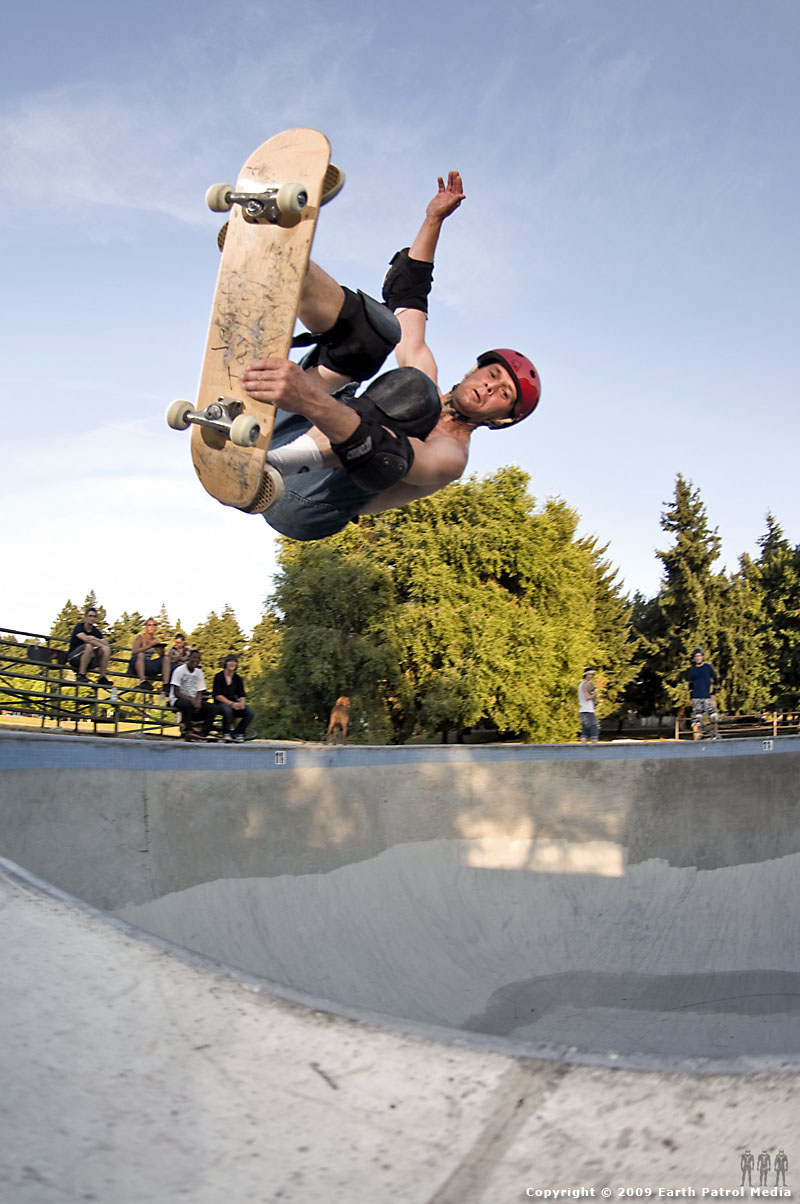 Jeff Taylor - Air to Fakie @ Pier Park