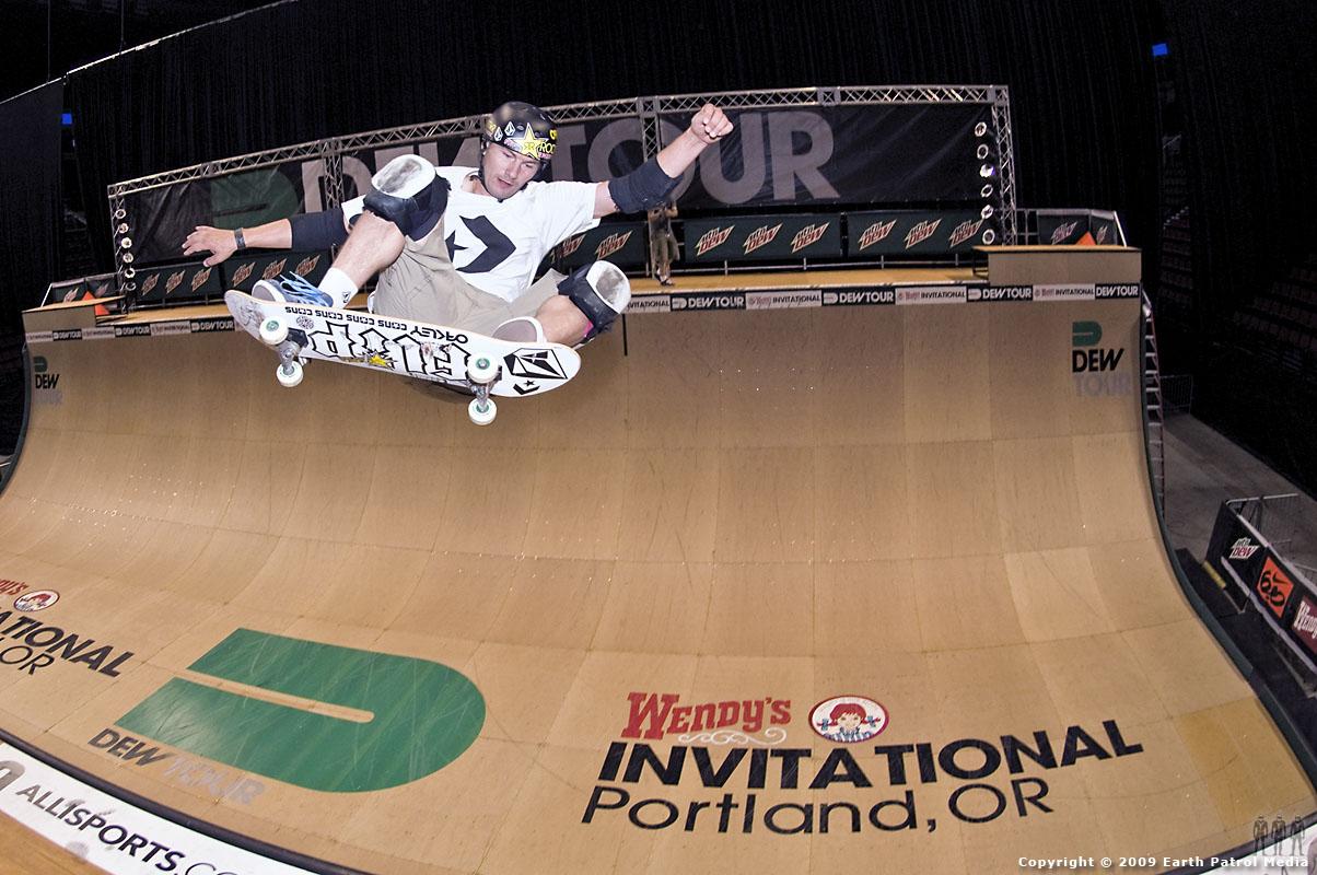 Rune Glifberg - FS Ollie @ Dew Tour Portland