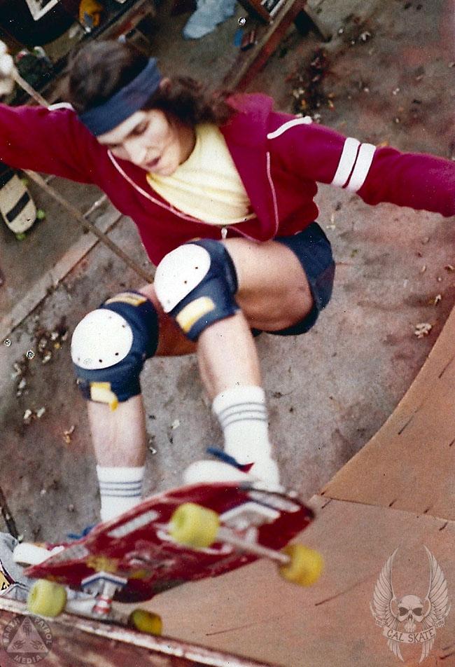 Frontside Grind - Cal Skate Relics