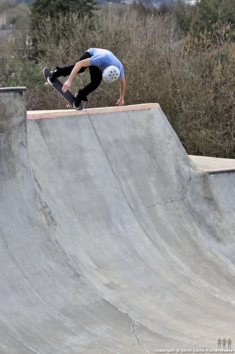Nate Frank - BS Ollie Ally-Oop 3 @ Newberg