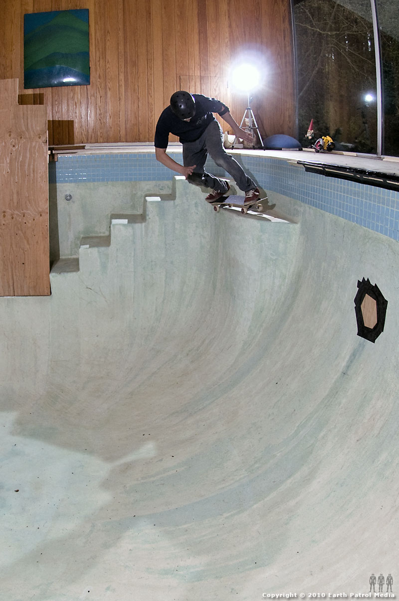 Mike Swim - Axle Stall Seat Corner @ Bamboo Bowl
