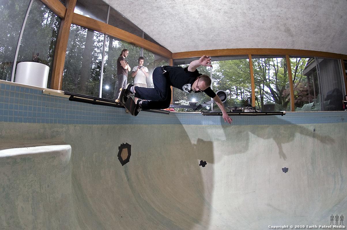 Marek Litinsky - BS Grind @ Bamboo Bowl