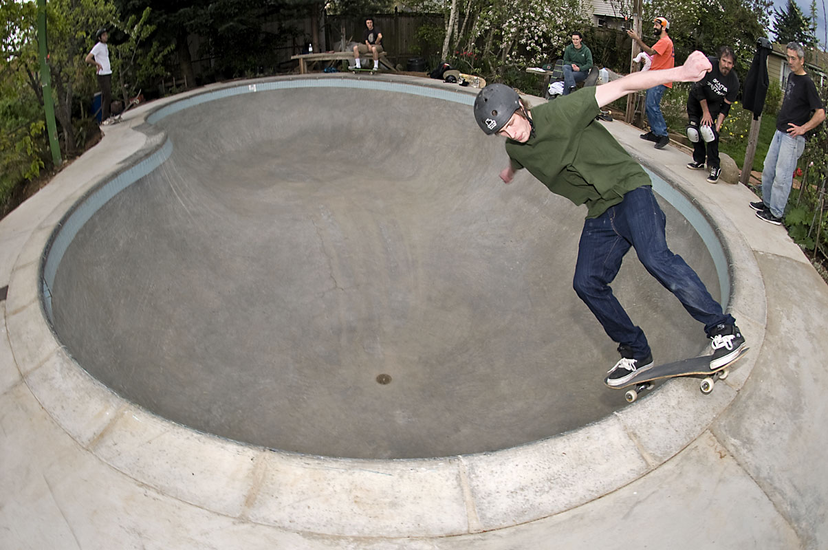 Taylor Johnsone - FS Disaster @ MC's Bowl