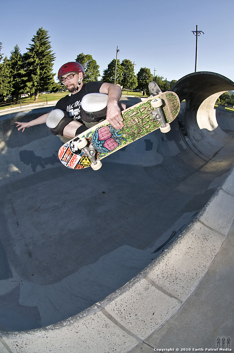 Shawn Reinert - FS Tuck Knee @ Pier Park