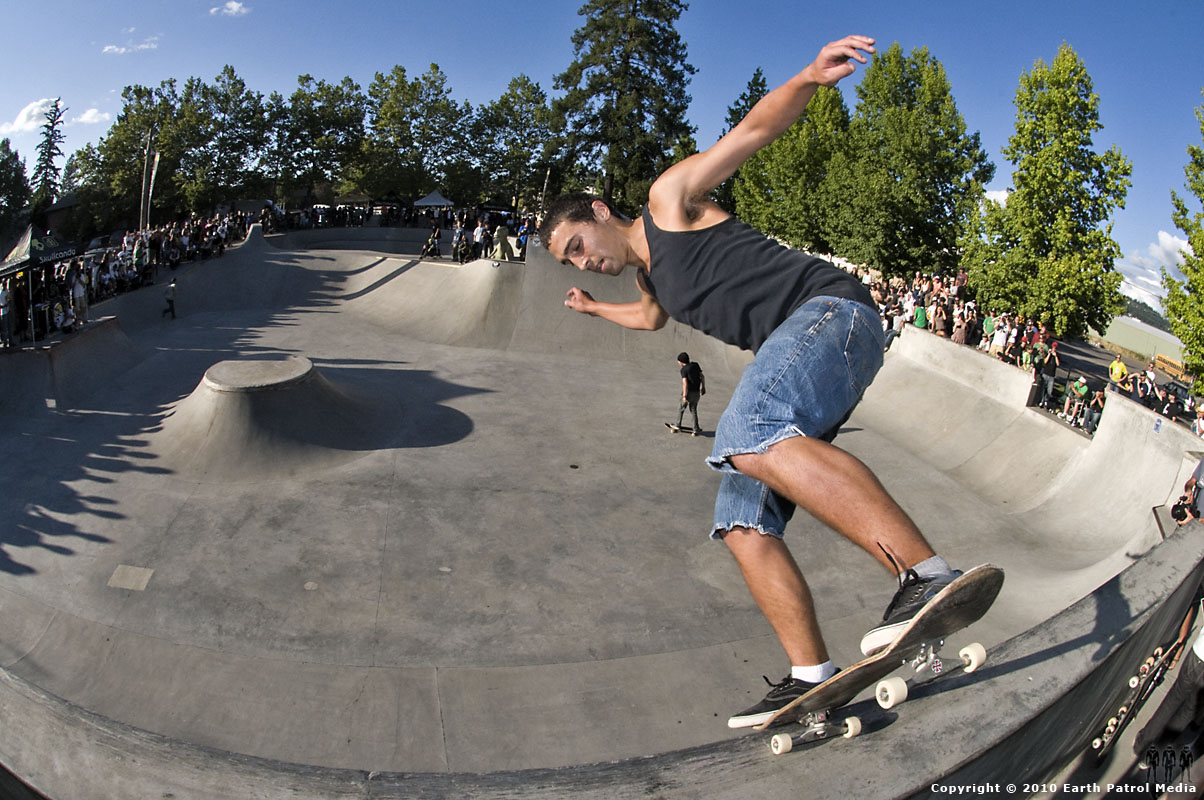 Carson Edwards - Nose Blunt on Bank @ Tigard