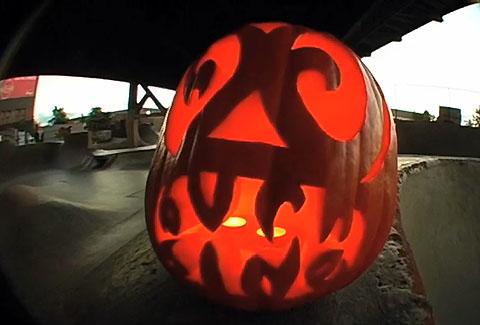 Dave Hupp's Halloween at Burnside courtesy of Strangenotes
